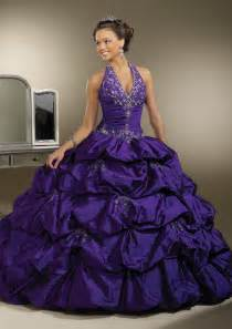 Halter Sexy Quinceanera Dresses Ball Gowns Pleat Satin Sweet Sixteen Dresses Vestidos De Quinceaneras 2015 Custom Made