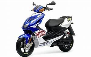 Moped 50ccm Yamaha : new rossi rep scooter ~ Jslefanu.com Haus und Dekorationen
