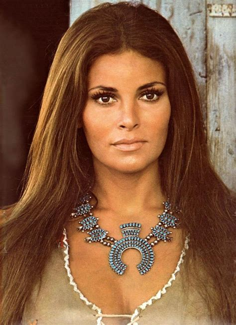 Famous Woman Of Alltime Tourney Raquel Welch Vs Jayne