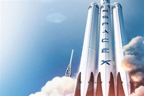 7 Amazing Facts About SpaceX's Falcon Heavy Rocket