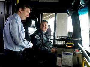 Chris Murphy Brings  U0026 39 Congress On The Bus U0026 39  To Stamford