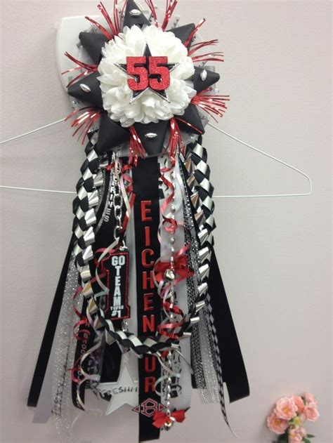 images of homecoming mums 62 best homecoming mums and garters ideas images on pinterest homecoming mums school spirit