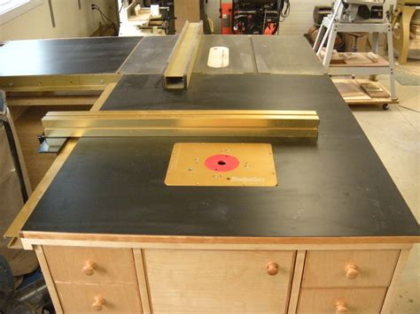 router table outfeed table assembly table  glen