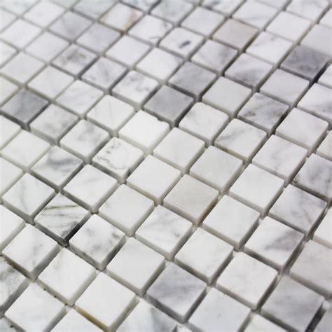 mosaique marbre carrare blanc poli carrelage mosaique pas