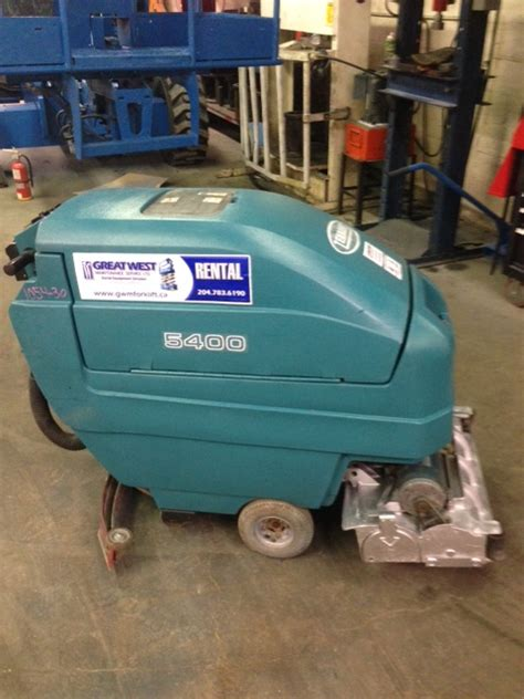 tennant floor scrubbers winnipeg tennant floor sweeper scrubber greatwest maintenance
