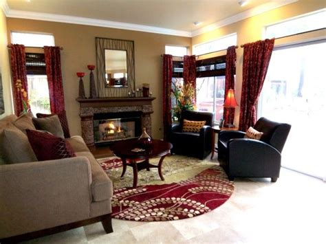 Living Room Paint Colors With Burgundy Furniture by Black Gold Maroon Living And Dining Room Home