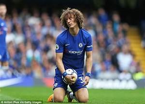 Chelsea's David Luiz deserved red for Kolasinac challenge ...