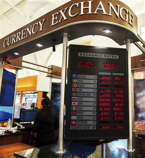 bureau de change sans frais où et quand changer mes euros en dollars américains