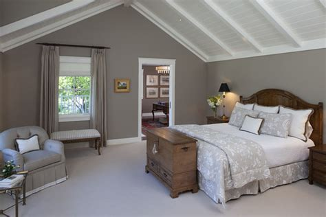 Relaxing Paint Colors For Bedroom By Benjamin Moore
