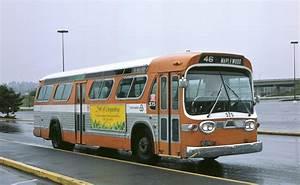 File:Ex-Rose City Transit bus, Tri-Met 575, in 1985.jpg ...