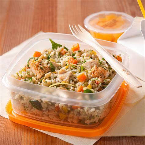 cuisine salade de riz salade de riz au poulet et aux fines herbes recettes cuisine et nutrition pratico pratique