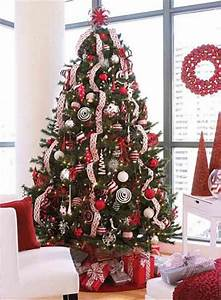 red & white christmas tree | PinChristmas.com