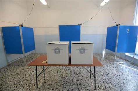 Ufficio Elettorale Genova - referendum costituiti in tutta italia i seggi elettorali