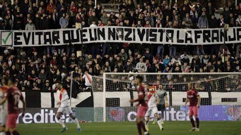 España: afición del Rayo Vallecano escrachan a jugador ...