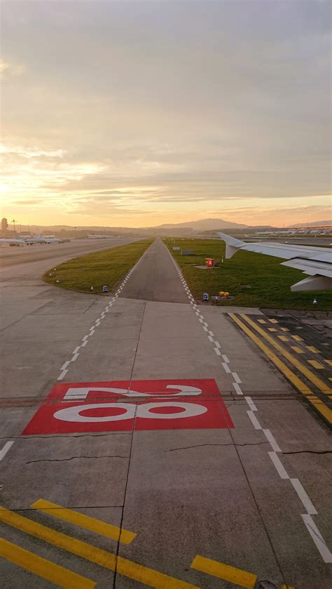500+ Airport Runway Pictures [HD]   Download Free Images ...