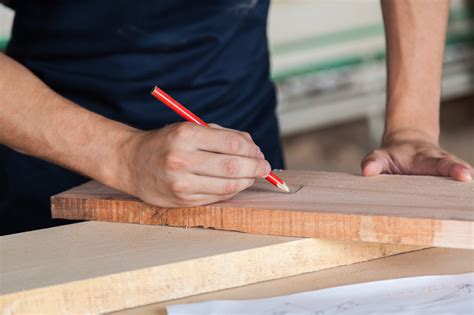 Holztisch Selber Bauen » Anleitung In 5 Schritten