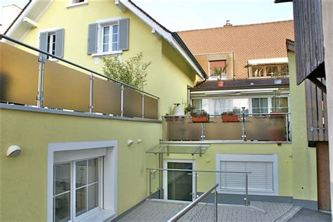 Vielseitiges Mehrfamilienhaus In Kaiseraugst Ghaenggi