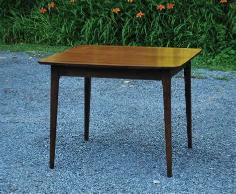 tribute 20th decor 1950 s solid walnut table and six chairs