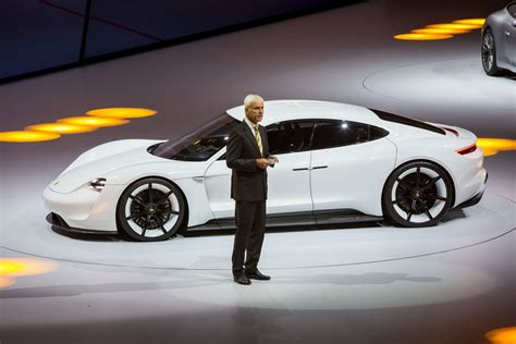 porsche electric mission e porsche mission e back to the roots finally porsche