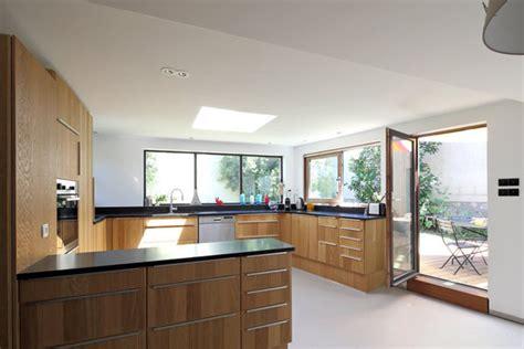 extension cuisine sur jardin doublement de surface par une extension en bois galerie