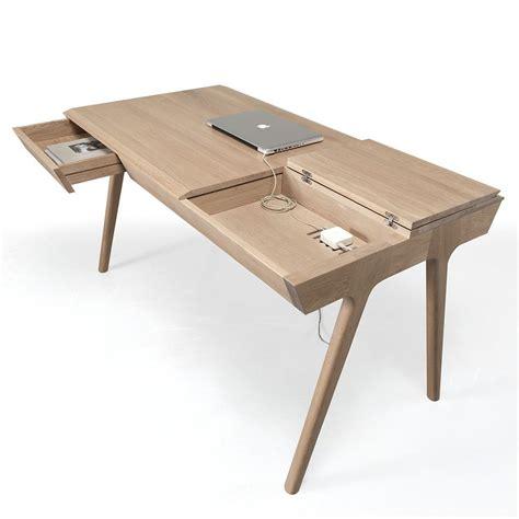 bureau en bois metis bureau design en bois avec tiroirs et