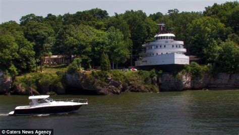 Boat Names Great Lakes by Photos The Ship That Overlooks Lake Erie Gt Gt Scuttlebutt