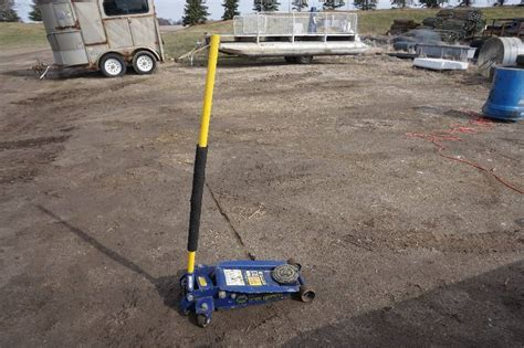 Napa Floor 35 Ton by Napa Brand Professional Lifting 3 1 2 Ton 7000 Lb