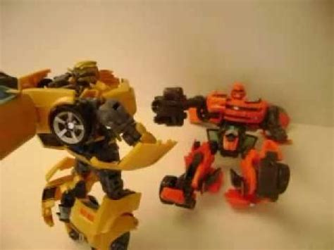 Transformers Stop Motion  Bumblebee Vs Cliffjumper Youtube
