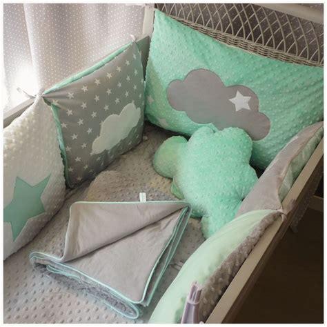 tour de lit bebe etoile oltre 25 fantastiche idee su camerette per neonati su stanza bambino design