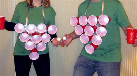 beer pong couple halloween costumes couple halloween