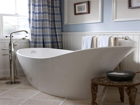 Contemporary slipper bath, small bathroom with slipper