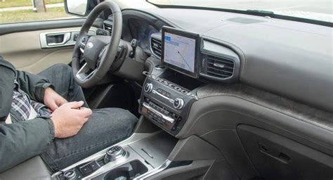 ford explorer interior fully uncovered   spy
