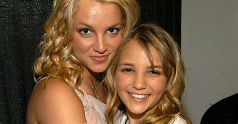 Britney Spears Wishes Little Sister Jamie Lynn A Belated ...