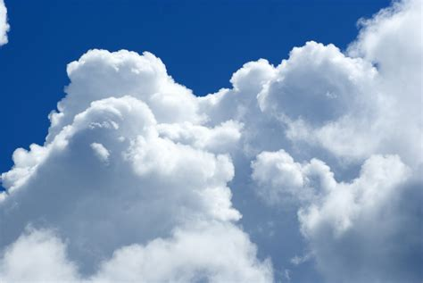 Free Stock Photo 4260 Clouds 1 | freeimageslive