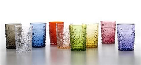 bicchieri a calice colorati bicchieri tumbler calici caraffa piatti colorati