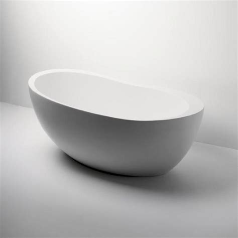 freestanding oval bathtub