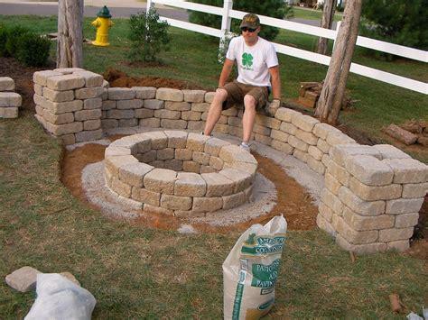 Easy Backyard Fire Pit Designs …