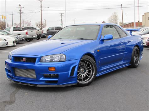 nissan skyline nissan skyline gt r wallpapers images photos pictures