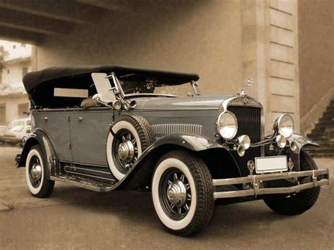 Vintage Cars India - Classic Car India - Antique Cars India