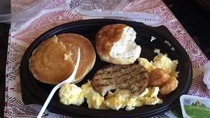 Burger King's ULTIMATE BREAKFAST PLATTER Review - YouTube