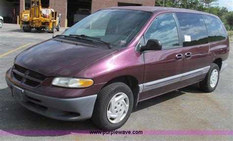 1999 Dodge Caravan by 1999 Dodge Grand Caravan Information And Photos Momentcar