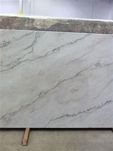 slab  bianco macabus quartzite