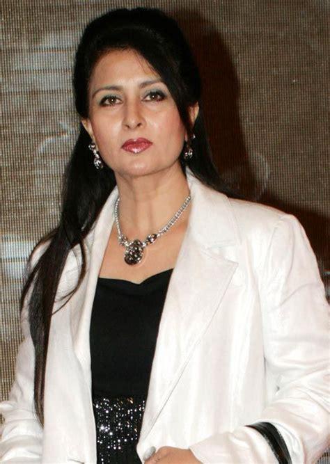actress in long song top 50 des actrices indiennes avec de superbes cheveux longs