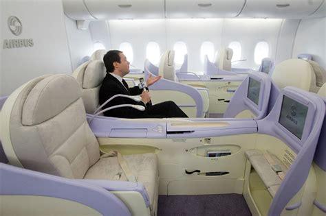 Foto Sedere Pi禮 Bello Mondo Pi 249 Posti Pi 249 Stretti In Aereo Nessuna Piet 224 In Economy