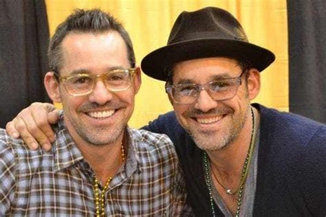 Nicholas brendon was born three minutes after his identical twin brother, actor kelly donovan on april 12, 1971 in los angeles, california. Nicholas Brendon and Kelly Donovan | Celebrity twins, Celebrity siblings