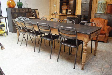 comment repeindre une chaise en bois vernis 62 idee renover une table en bois en moderne dimage