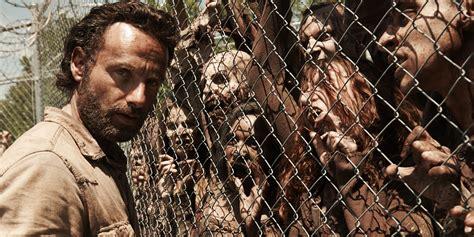 zombie dead walking apocalypse survive walkingdead