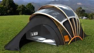 Tente Solaire by D 233 Couvrez La Tente Qui Produit De L 233 Lectricit 233 De La