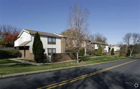 2 Bedroom Apartments In Bethlehem Pa by Spring Garden Townhouses Rentals Bethlehem Pa
