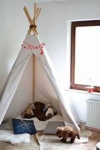 Tipi Pour Chambre : 15 id es pour cr er un tipi dans une chambre d 39 enfant ~ Teatrodelosmanantiales.com Idées de Décoration